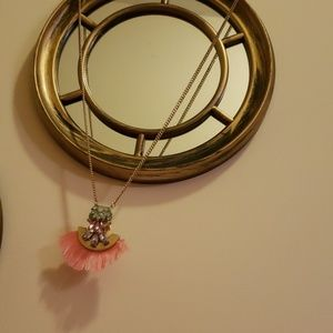 Jewelry - Pink tassel and jewel necklace